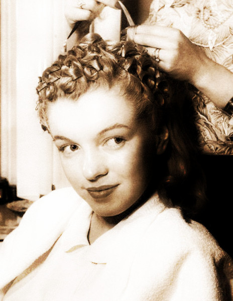 Pin Curls for Dummies (1/6)
