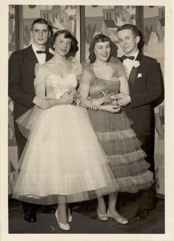 08a195feaf6 Prom in the 1940s and 1950s - The Vintage Inn