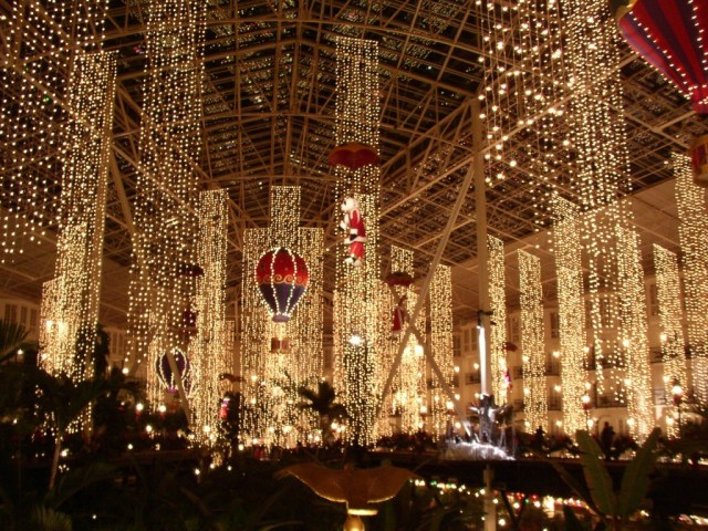 Opryland Christmas lights