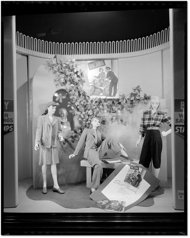 1940s fashion for women in Toronto