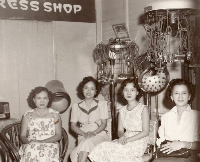vintage image of women in a salon in the 1940s