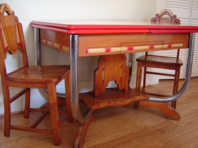 awesome vintage kitchen table