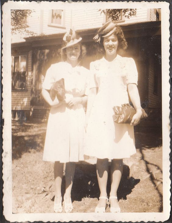 1940s-vintage-hat-in-vintage-image