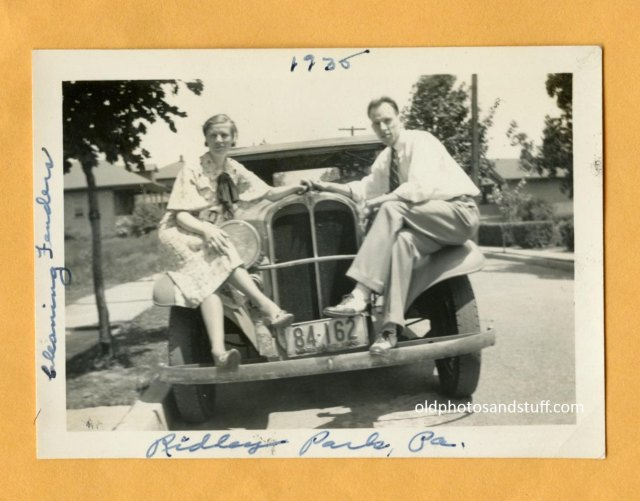 1930s-couple-with-car-vintage-image