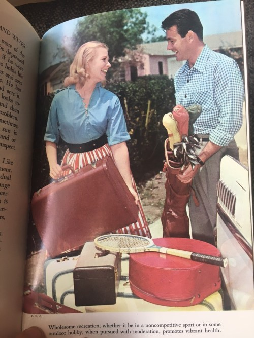 1950s-vintage-image-of-couple
