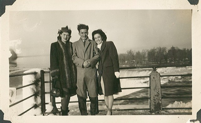 1940's Niagara Falls Vintage Image 2 ladies and a man
