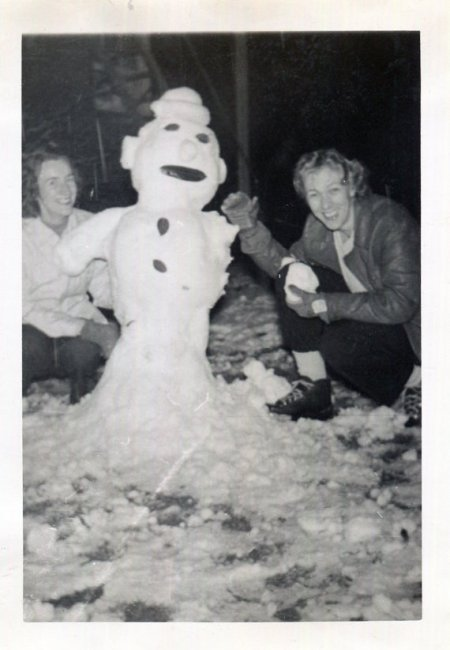1950s vintage photo of women with sailor snowman