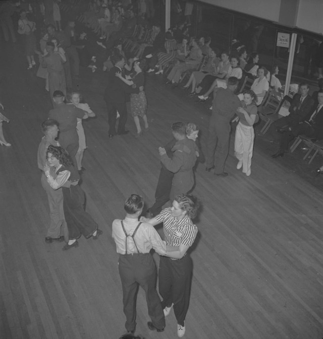 1940's social dancing vintage image