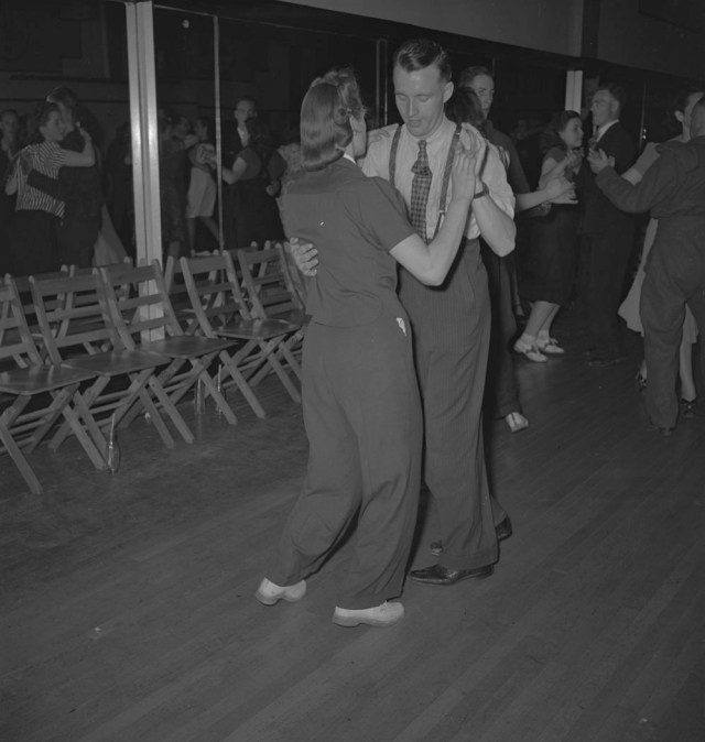Canadian Archives 1940's social dance vintage image