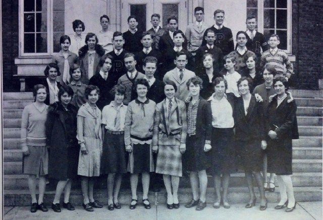 1928 photograph of the cinema club, excerpted from the 1928 Volunteer