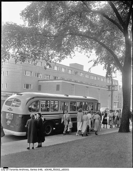 1950s Toronto vintage image of a bus with people