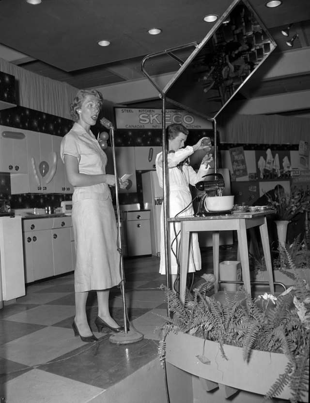 Kitchen World With Marie Fraser, 1955 vintage image at CNE