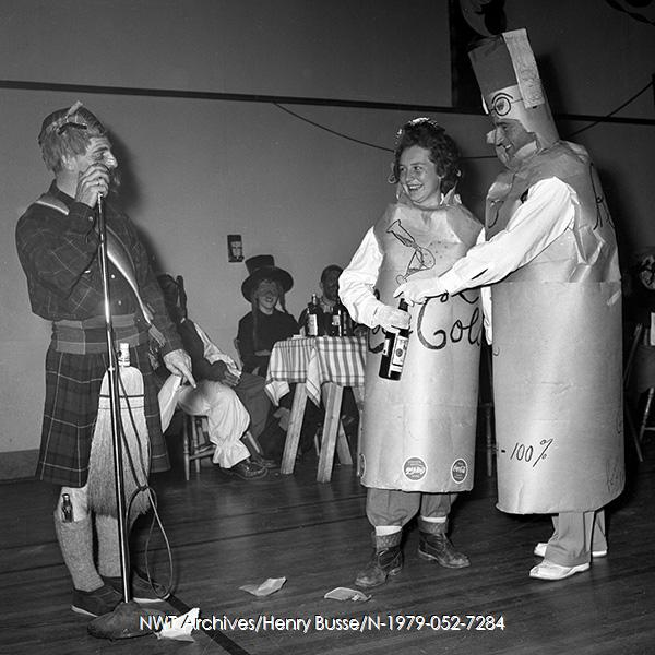 1954 vintage halloween costume photo 2 adults dressed as pop bottles