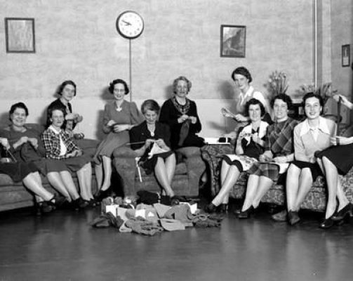 1940s Gulf of Georgia Cannery Knit In Vintage Image of women on the homefront
