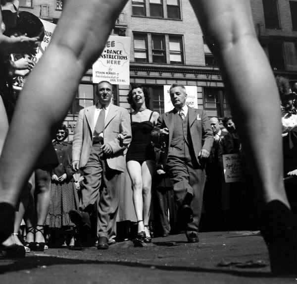 LIFE Dancing Teachers Strike Sept 9th, 1949 Vintage Image 12