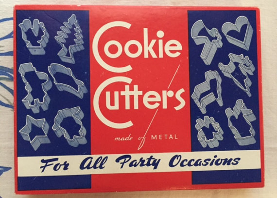 Vintage 1950's Cookie Cutters In Original Box