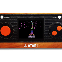 "Atari ""Retro"" handheld console available to pre-order"