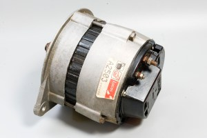 Lucas A2503 - XJ6 Series 2 Alternator