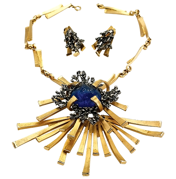 The Jewelry Stylist