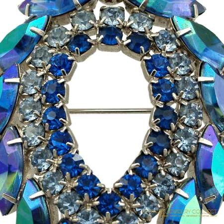 """Beautiful Sarah Coventry """"Blue Lagoon"""" Brooch by D & E"""