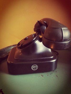 norm 51 bakelieten telefoon, ptt logo