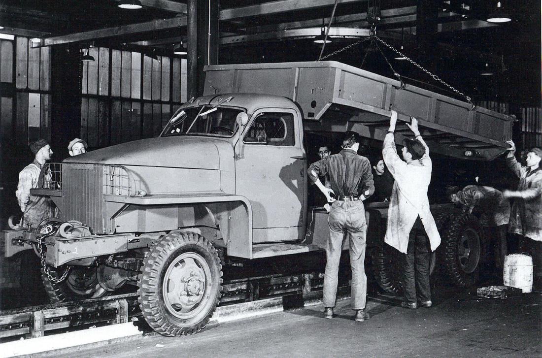 1 Military Ton 2 Truck 2
