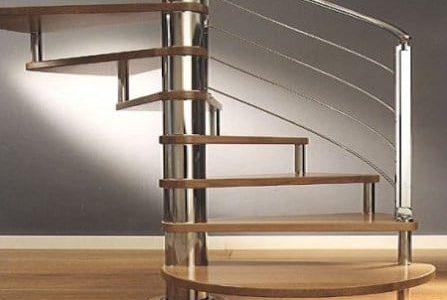 Guarda de escada redonda em serralharia.
