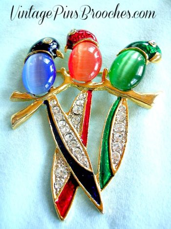 Collectibles Green Enamel Parrot Macaw Love Bird Rhinestone Crystal Brooch Pin