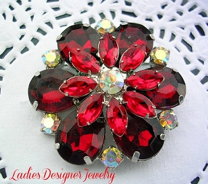 06e518f98e8 Vintage Rhinestone Ruby Red Flower Pin Brooch Jewelry Pins, Silver Plate Ruby  Red Flower Burst