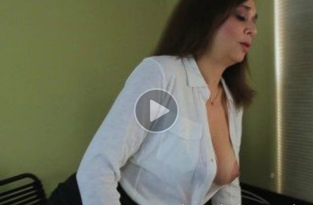 Sexy Office Secretary Mom Enjoys Her Toy!