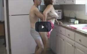 Fucking Slutty Stepmom in the Kitchen [Vintage] [Watch Online]