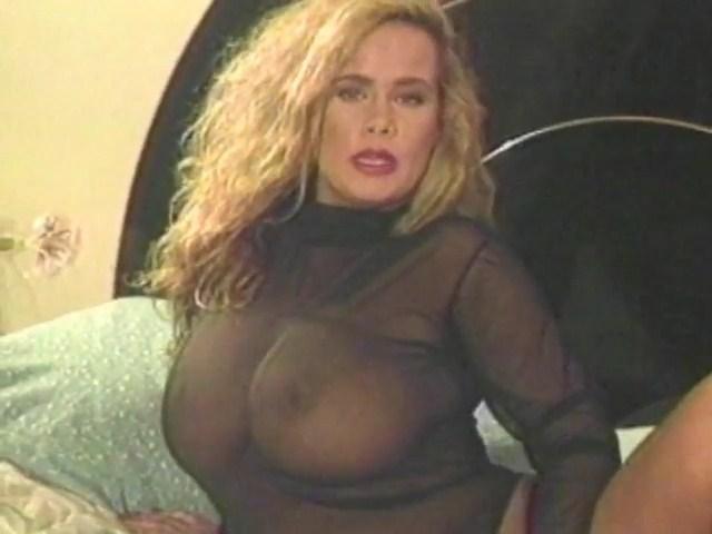 Trinity Loren – Lez Go Crazy – Scene 6 [Vintage Pornstar] [Watch Online]