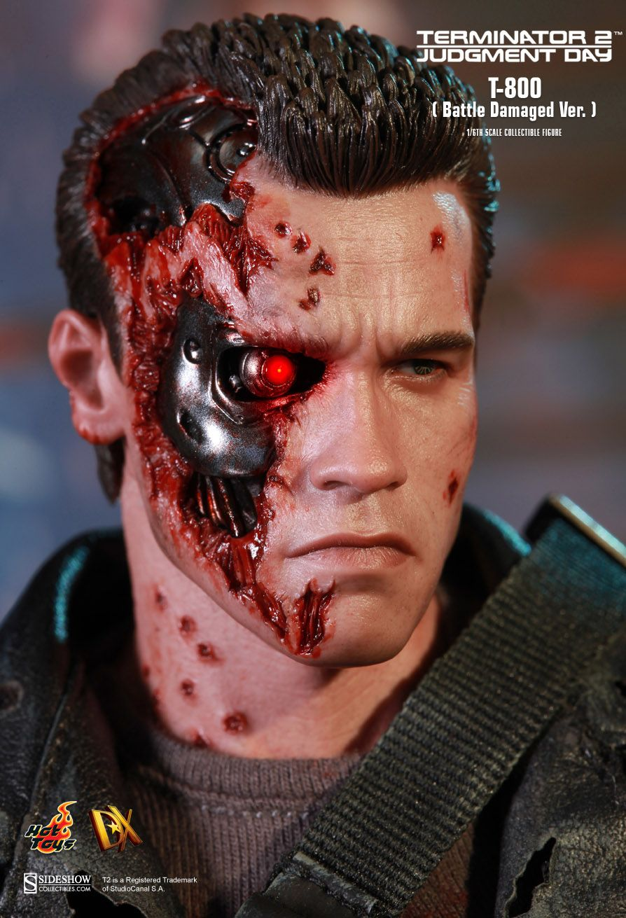 Terminator T800 DX13  Hot Toys