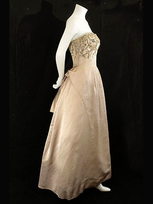 Gallery of 1930s1950s vintage clothing at Vintage Textile