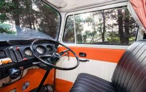 VW Camper Lola in control