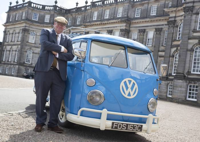 VW Bus to Afternoon Tea