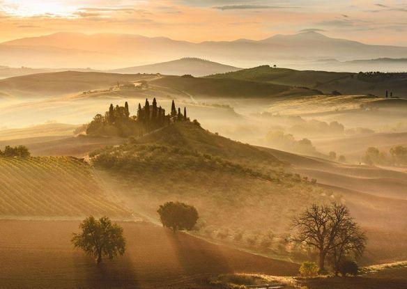 Amanecer dorado en la Toscana, Italia (Giovanni Modesti).