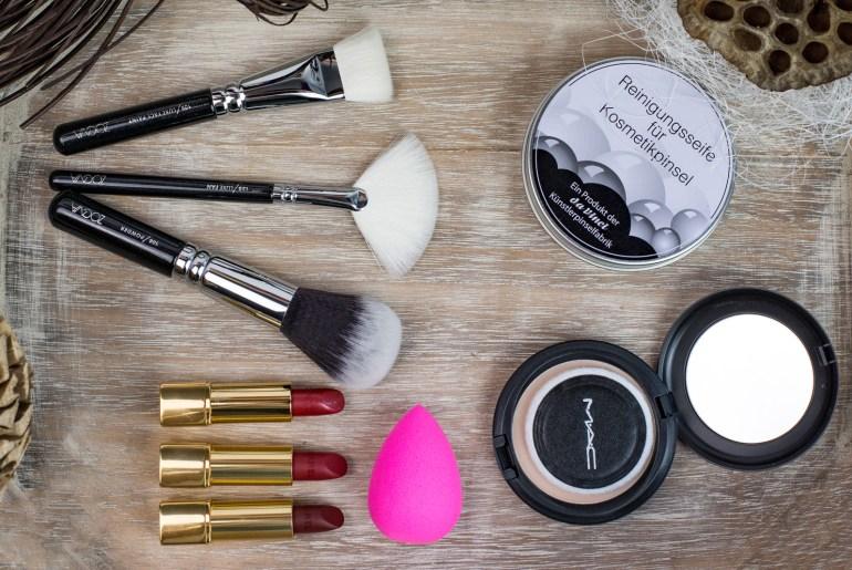 Foto-by-Nadja-Nemetz-Wien-wienerblogger-blogger-beautyblogger_lifestyleblogger-lifestyle-beauty-new-in-womandayhaul-womanday-haul-woman-day-newin-mac-cosmetics-blot-powder-chanel-lippenstift-roter-zoeva-brushes-pinsel-schminkpinsel-beautyblender-blender-1