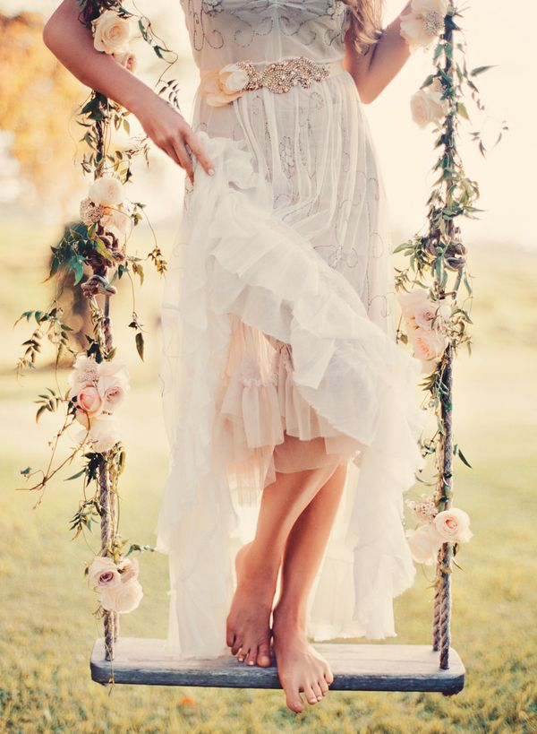 Weddings: Romantic Floral Tree Swings 3