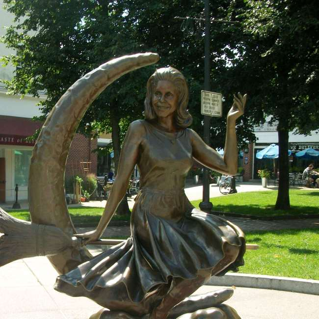 Bewitched Statue, Salem, Massachusetts