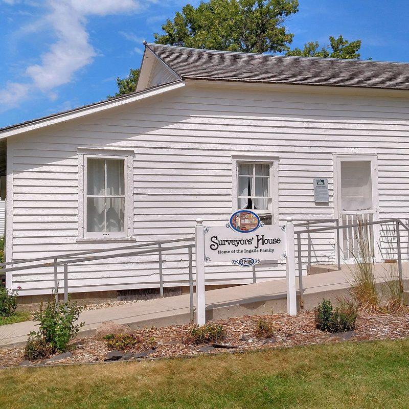 Laura Ingalls Wilder Home, De Smet, South Dakota (Photo Credit: Wikipedia Winkelvi)