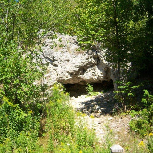 Skull Cave, Mackinac Island, Michigan (Photo Credit: Wikipedia)