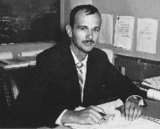 Resultado de imagen para Eugene Merle Shoemaker astronaut