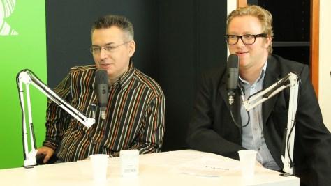 Szilágyi Árpád műsorvezető - szerkesztő és Képes Gábor IT múzeológus a kertészrobotról beszélgetnek