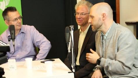 Hogyan közelít egymáshoz a technológia és a gyakorlati hasznosítás? Erről beszélget Keleti Arthur, Bódi Zoltán és Szilágyi Árpád. Fotó: Nemes Ilona