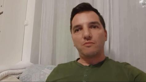 Justin Viktor Skype interjúban számolt be a meghallgatás drogokat és gyógyszereket érintő részéről