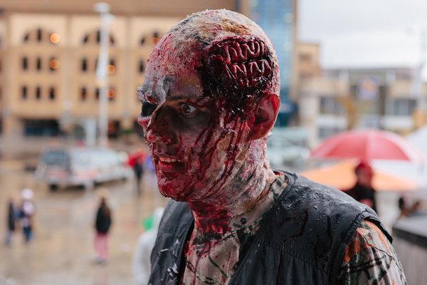 慎入!28個史上最逼真恐怖的萬聖節化妝,嚇人程度超越好萊塢電影特技!