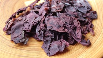 Seaweed That Tastes Like Bacon - But Twice as Healthy photo via Youtube