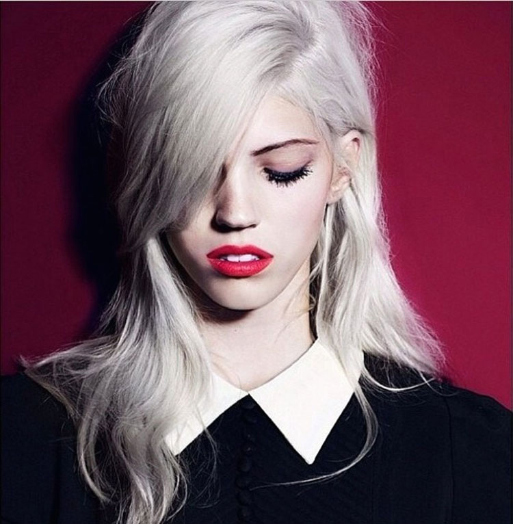 Tendencia actual para el cabello de las chicas teirse el pelo de gris como las abuelitas  Part 3