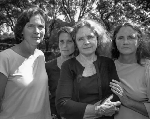 2008fotografia-hermanas-